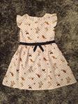 Váy H&M chấm bi hình thú, tay bèo