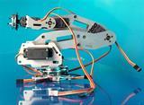 Cánh tay robot 6 trục ABB