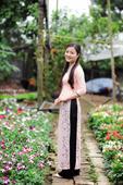 Áo dài ren hồng phấn