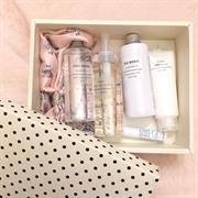 Giftbox kem dưỡng da + khăn