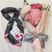 Giftset hoa lụa + khăn