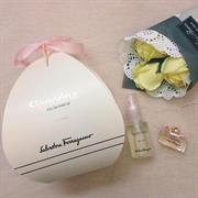 Set nước hoa mini + xịt thơm Signorina EDP