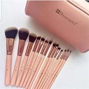 Bộ Cọ Sculpt and Blend 3 - 10 Piece Brush Set