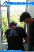 Cửa nhôm Xingfa -cửa đi 4 cánh mở quay - màu ghi xanh