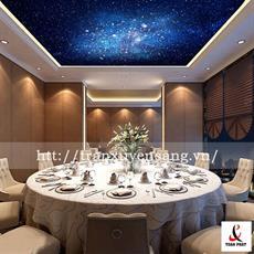 Mẫu trần xuyên sáng nhà hàng in bầu trời sao đêm