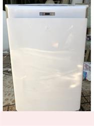 Máy lọc không khí bù ẩm PANASONIC VXG70 màu trắng