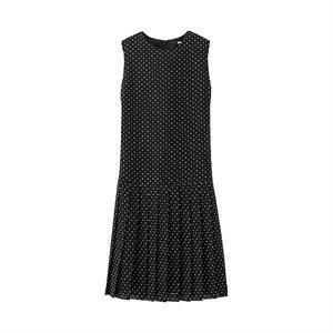 Váy Uniqlo - Chấm bi xinh xắn WD130