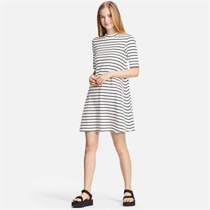 Váy kẻ nữ  Uniqlo xinh xắn WD63