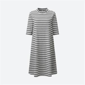 Váy kẻ nữ  Uniqlo xinh xắn -  WD59