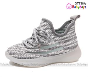 Giày thể thao trẻ em GTT38A