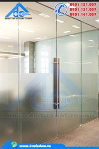 Cửa kính - cửa kính cường lực 2 cánh mở quay