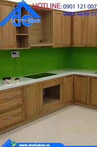 Kính màu ốp bếp Xanh non - DCwindow