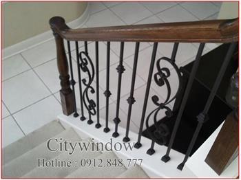 Mẫu cầu thang sắt số 72