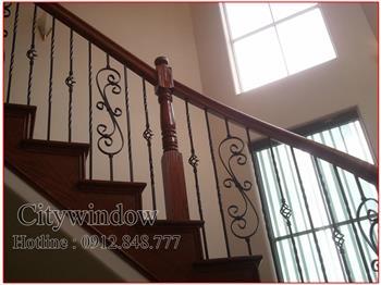 Mẫu cầu thang sắt số 20