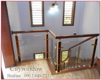 Cầu thang kính mẫu 39