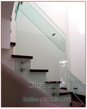 Cầu thang kính mẫu 33