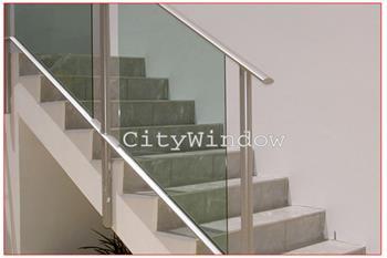 Cầu thang kính mẫu 12