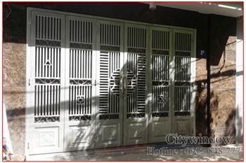 Mẫu cửa sắt - cổng sắt số 05