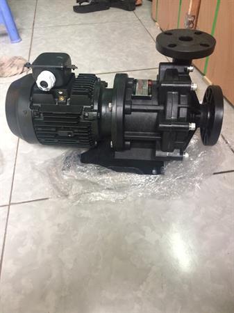 Bơm hóa chất dẫn động từ MPX-F-440