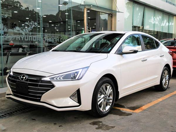 Hyundai Elantra 1.6AT 2020