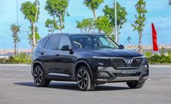 Vinfast tri ân khách hàng mua xe Lux A và Lux SA