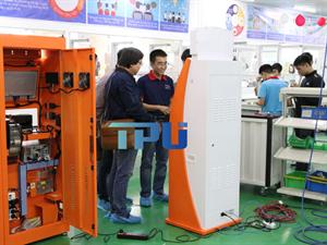 Nhà sản xuất máy chuyển phát nhanh tự động đầu tiên tại Việt Nam