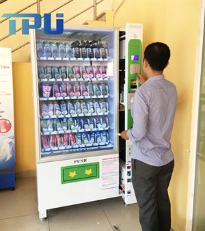 Máy bán hàng tự động tại bệnh viện đa khoa Xanh Pôn