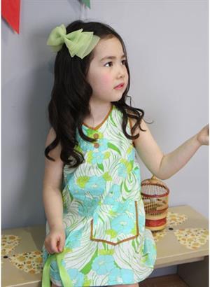 Chọn váy xinh cho bé yêu đón hè
