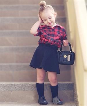Mặc đẹp cho con gái yêu nhà bạn
