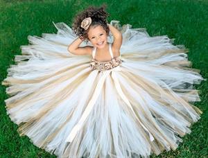 Váy đầm công chúa, váy đầm dự tiệc lộng lẫy cho bé.