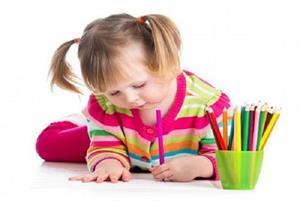 Có thật trẻ thuận tay trái là thông minh?