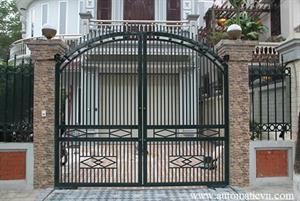 Hỏi & Đáp: Có nên lắp đặt cổng tự động hay không ?