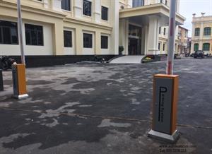 Lắp đặt hệ thống barie chắn đường Phạm Ngũ Lão - Hà Nội