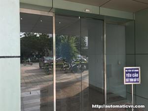 Lắp cửa tự động số 588 đường Nguyễn Văn Cừ