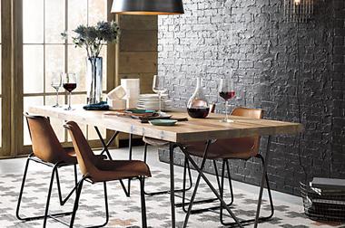 bàn ăn mặt gỗ chân sắt