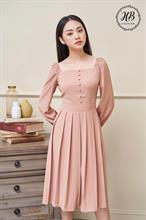 Váy cổ vuông chân xêp ly màu hồng