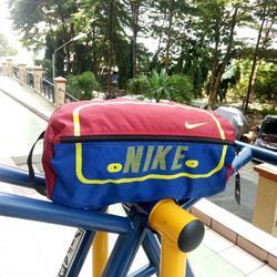 Túi thể thao Nike size nhỏ
