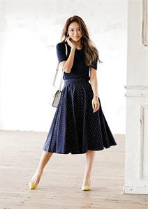 Chân váy chấm bi xòe chữ A Uniqlo - Thanh lịch, thời trang