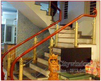 Cầu thang kính mẫu 32
