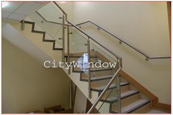 Cầu thang kính mẫu 26