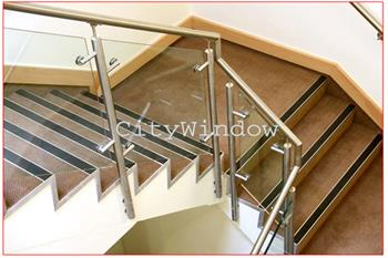 Cầu thang kính mẫu 25